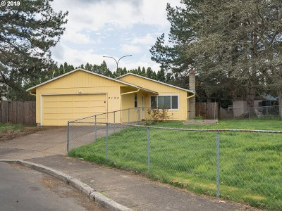 Hillsboro, Forest Grove Single Family Home For Sale: 2194 NE Lilac Ct