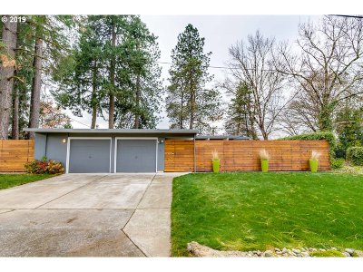 Beaverton Single Family Home For Sale: 7095 SW 105th Ave