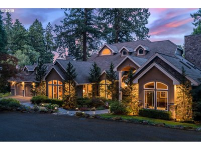 Lake Oswego Single Family Home For Sale: 4321 Southshore Blvd