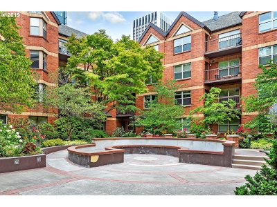 Condo/Townhouse For Sale: 1500 SW Park Ave #310