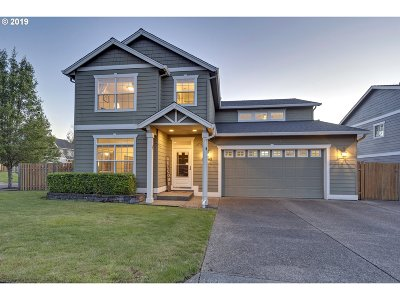 Happy Valley Single Family Home For Sale: 10721 SE Waldorf Ln
