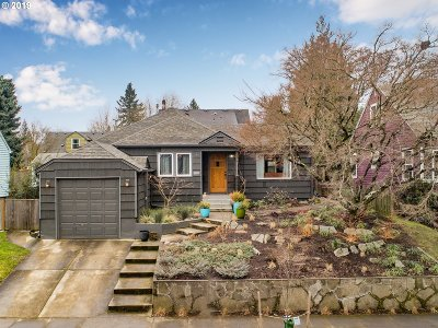 Portland Single Family Home For Sale: 4536 SE Francis St
