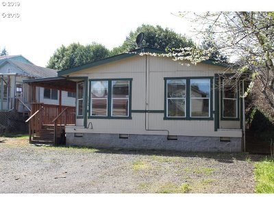 Coos Bay Single Family Home For Sale: 63758 Mullen Rd