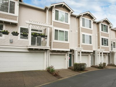Tigard Condo/Townhouse For Sale: 14166 SW Barrows Rd #2