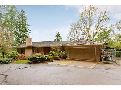 West Linn Single Family Home For Sale: 22085 S Wisteria Rd