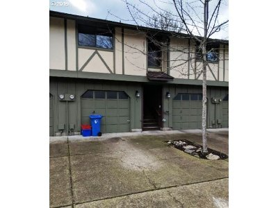 Eugene Single Family Home For Sale: 1361 City View St