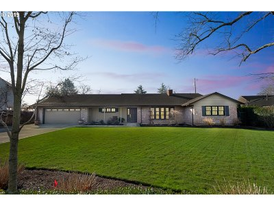 Vancouver Single Family Home For Sale: 3911 Wauna Vista Dr