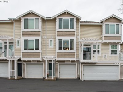 Beaverton Condo/Townhouse For Sale: 14701 SW Beard Rd #103