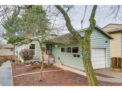 Clackamas County, Multnomah County, Washington County Multi Family Home For Sale: 47 SE 61st Ave