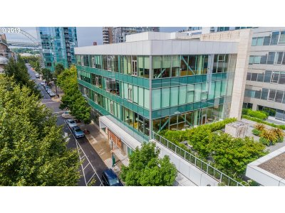 Portland Condo/Townhouse For Sale: 1022 NW Marshall St #370