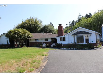 Gold Beach Single Family Home For Sale: 95169 Vista Loop