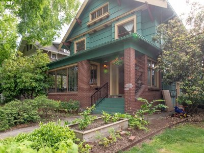 Single Family Home For Sale: 2119 SE Larch Ave