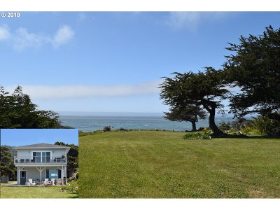 Gold Beach OR Single Family Home For Sale: $645,000