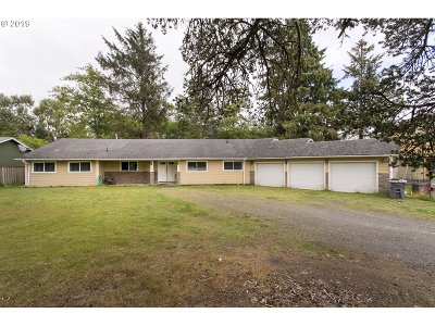 Warrenton Single Family Home For Sale: 90221 Hawkins Rd