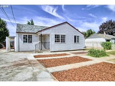 Portland Single Family Home For Sale: 2337 SE 176th Ave