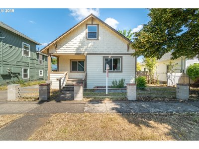 Salem Single Family Home For Sale: 1425 Marion St