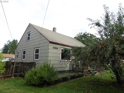 Portland Single Family Home For Sale: 1108 SE 117th Ave