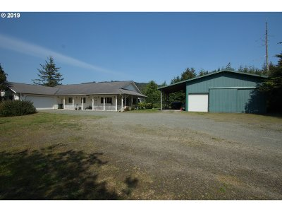 Bandon Single Family Home For Sale: 46547 Hwy 101