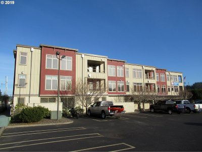 Florence Condo/Townhouse Pending: 75 Harbor St #206