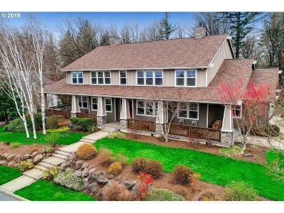 Portland Single Family Home For Sale: 13731 NW Glendoveer Dr