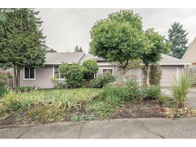 West Linn Single Family Home For Sale: 6581 Palomino Way