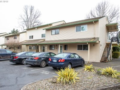 Portland Condo/Townhouse Bumpable Buyer: 444 N Hayden Island Dr