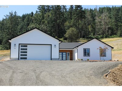 Roseburg Single Family Home For Sale: 761 Evelyn St