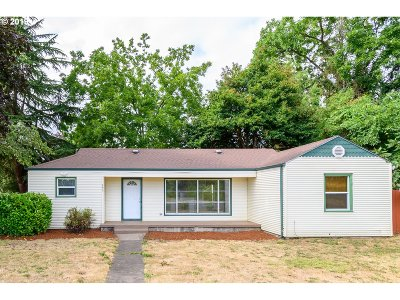 Eugene Single Family Home For Sale: 645 Howard Ave