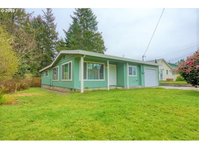 Coos Bay Single Family Home For Sale: 193 Hull