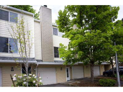 Condo/Townhouse For Sale: 13216 NE Salmon Creek Ave # L2