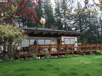North Bend Single Family Home For Sale: 66711 Raven Rd
