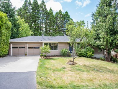 Portland Single Family Home For Sale: 6324 SW Radcliff St