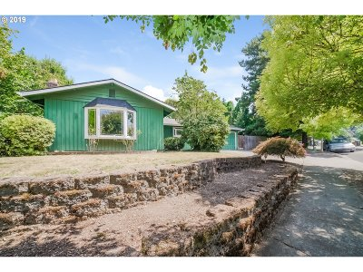 Tualatin Single Family Home For Sale: 20556 SW 86th Ave