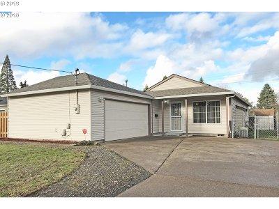 Portland Single Family Home For Sale: 11625 SE Washington St