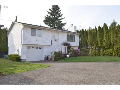Single Family Home For Sale: 16809 SE Pine St
