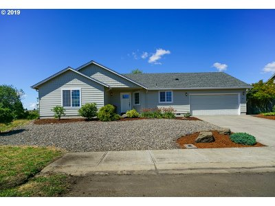 Stayton Single Family Home Sold: 331 Hobson St