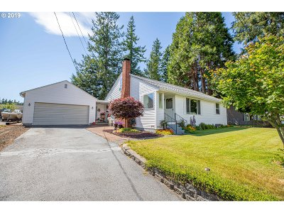 Coquille Single Family Home For Sale: 1575 N Hemlock St