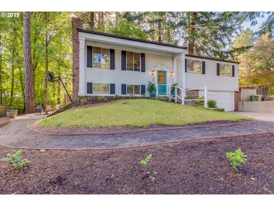 Lake Oswego Single Family Home For Sale: 19211 Indian Springs Rd