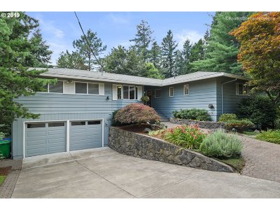 Portland Single Family Home For Sale: 4625 SW 42nd Pl
