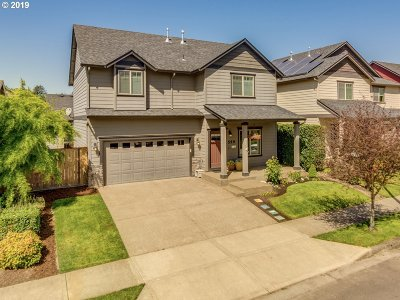 Newberg Single Family Home For Sale: 559 Corinne Dr