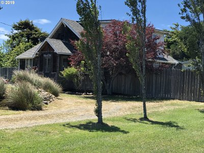 Bandon Single Family Home For Sale: 55244 Rosa Rd