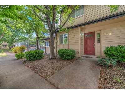 Eugene Condo/Townhouse For Sale: 1596 Fetters Loop