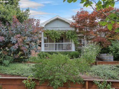 Portland Single Family Home For Sale: 3404 NE 40th Ave