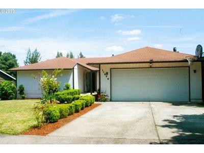 Beaverton Single Family Home For Sale: 11970 SW Settler Way