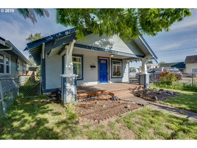 Cowlitz County Single Family Home For Sale: 612 S 4th Ave