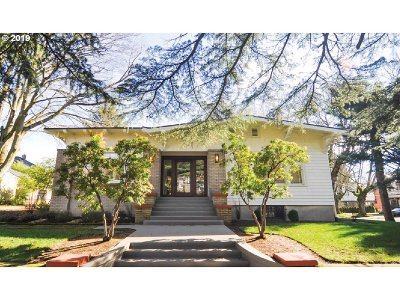 Portland Single Family Home For Sale: 110 NE Cesar E Chavez Blvd