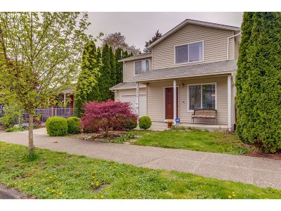 Portland Single Family Home For Sale: 10238 N Mohawk Ave