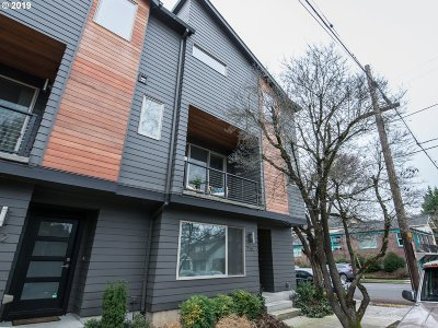 Condo/Townhouse For Sale: 756 N Webster St