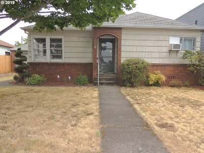 Clackamas County Multi Family Home For Sale: 217 N Molalla Ave