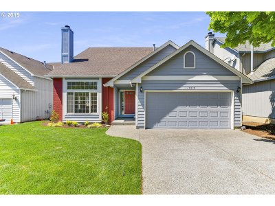 Tigard Single Family Home For Sale: 11025 SW Eschman Way